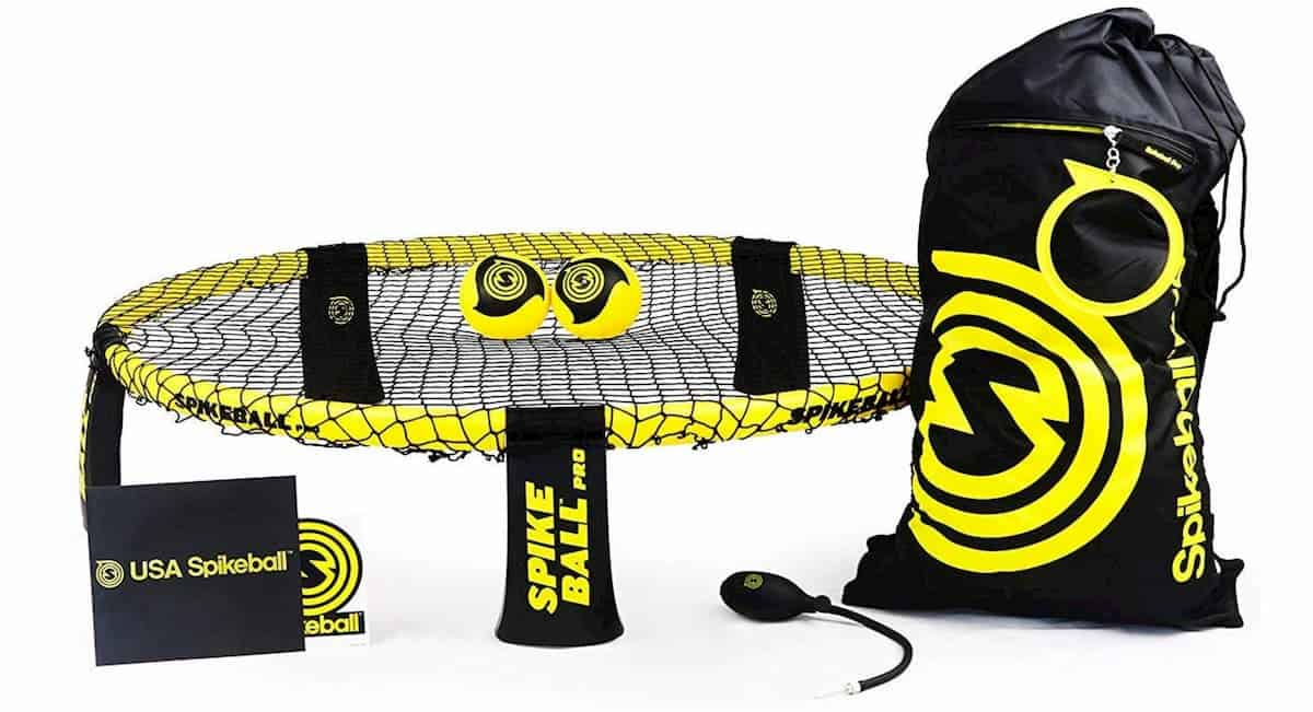 What Do You Need to Play Spikeball? Equipment and Players