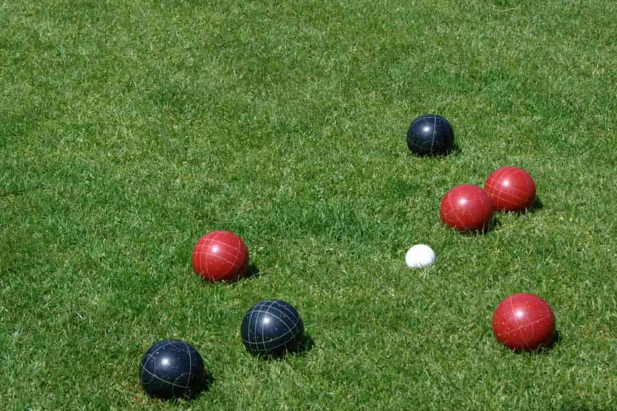 Playing Bocce on Grass - Best Bocce Ball Sets