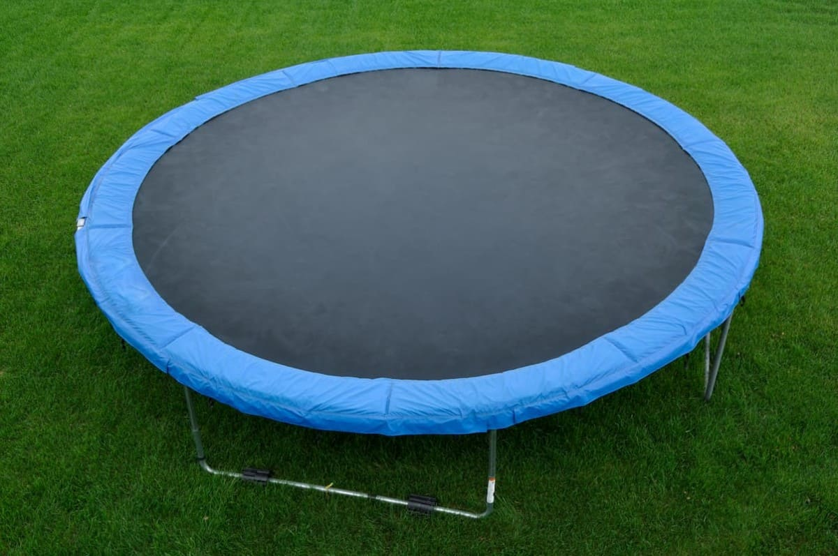 What is the Best Size for a Trampoline? Round or Rectangle We Have You Covered