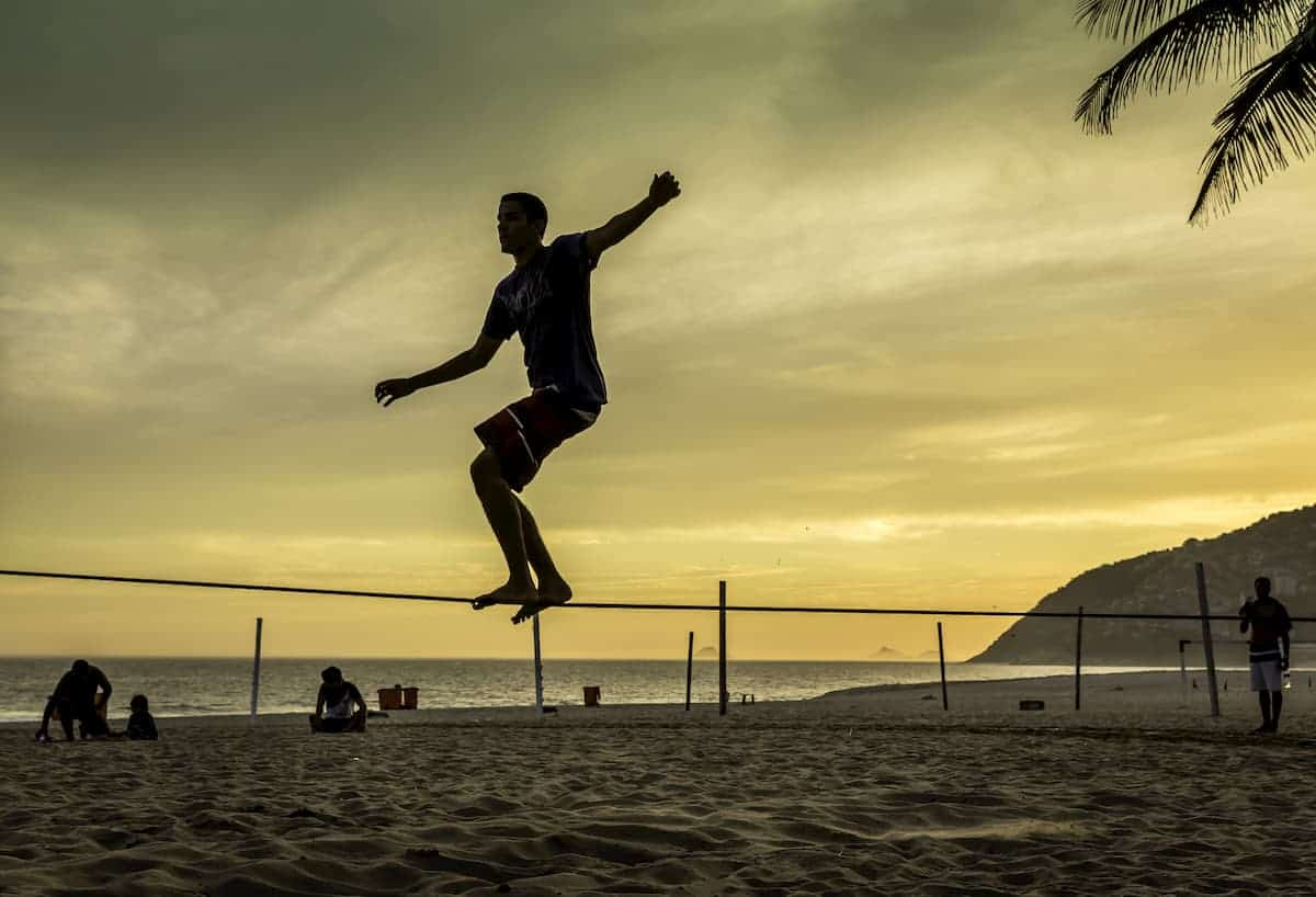 Slacklining 101: How You Can Learn the Exciting Sport