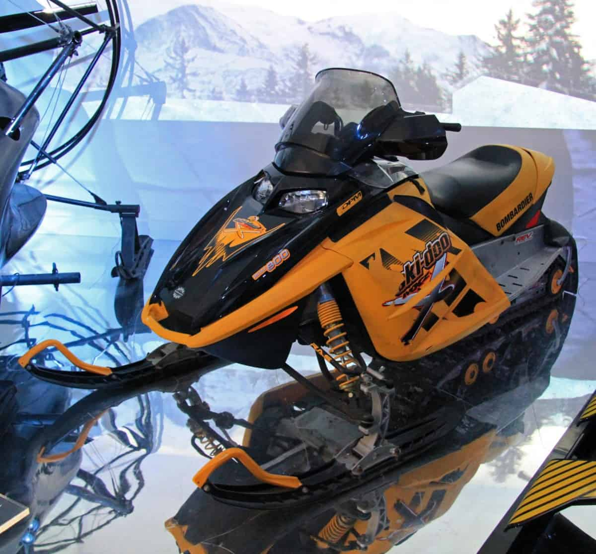 Ski-Doo_(Die_Another_Day)