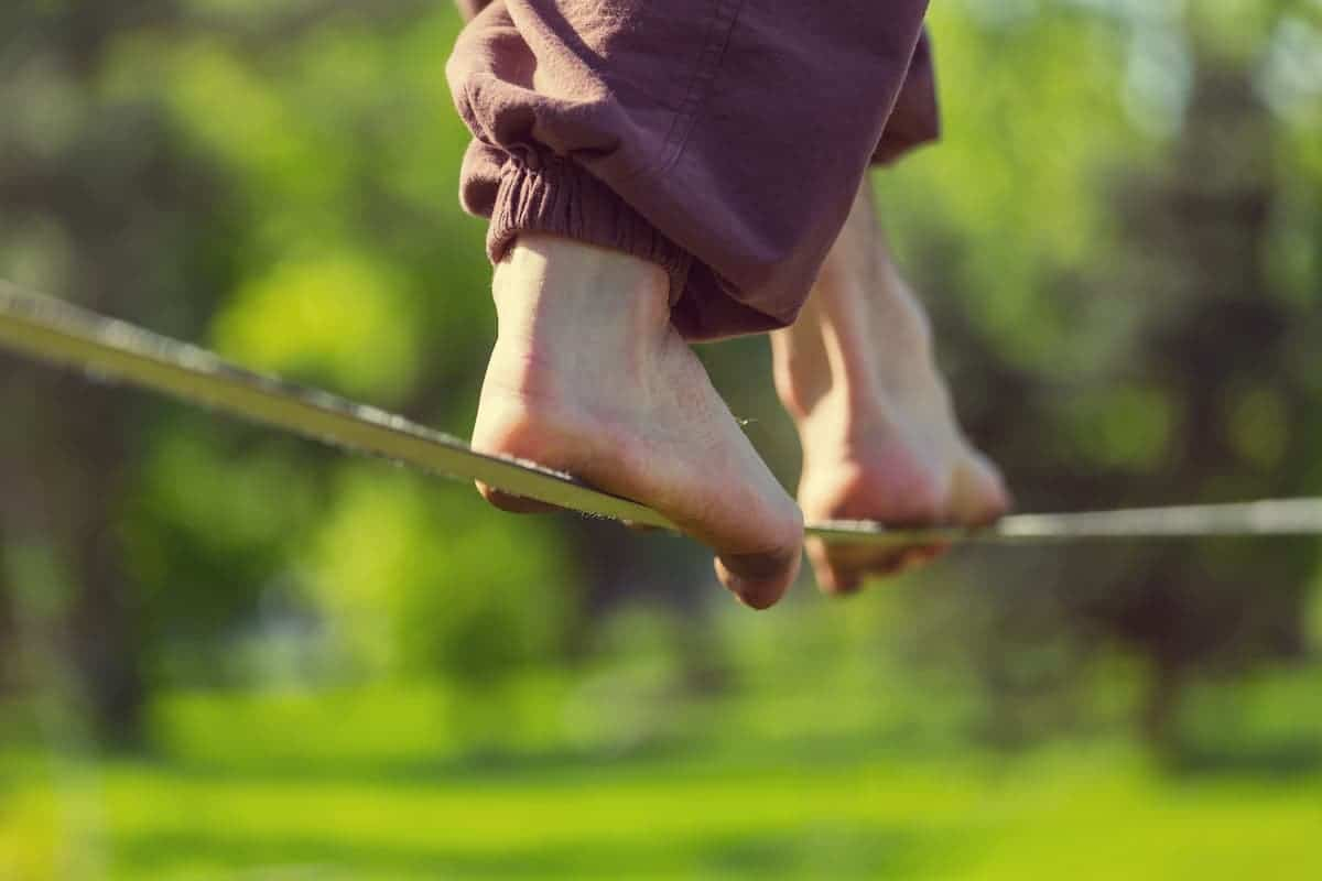 Slacklining is a practice in balance - How to Get Better at Slacklining
