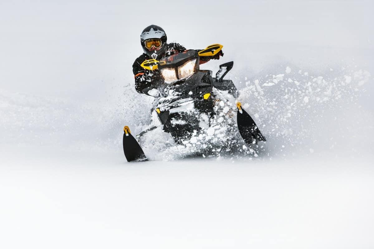 How Long do Snowmobile Belts Last?